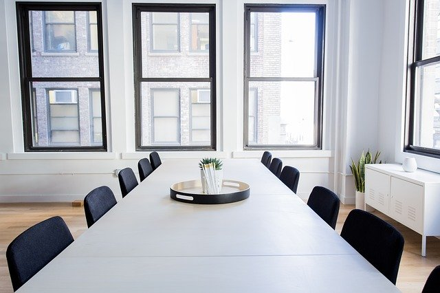 לבחור נכון את גודל המשרד